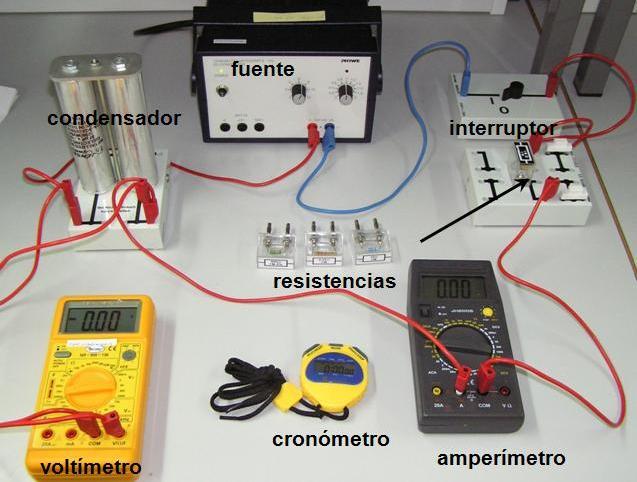 Circuito Xacobeo : Para que se utiliza un condensador en circuito